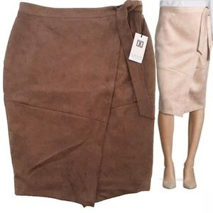 NWT Ivanka Trump Brown Suede Stretchy Skirt Size 8